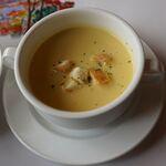 レストラン楓 - セットのスープ。レストラン楓(かえで,豊田市足助町)食彩品館.jp撮影