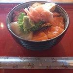 12258903 - 海鮮丼