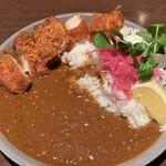 ビアーズテーブル ケラケラ - 特製カレー(トンカツ)