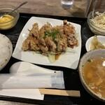 外灘紅緑灯 - 油淋鶏ランチ(¥780)
