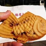 鳴門鯛焼本舗 - 十勝産あずき鯛焼き  200円(税別)