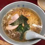 みん亭 - ラーメン 715円