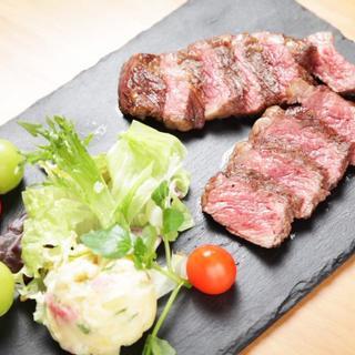 おすすめ!柔らかい肉質が特徴赤身肉の王道!アンガス牛ステーキ