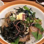 122606339 - わら丼(さわら漬け丼)