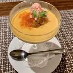 122608877 - 前菜・冷菜:ウニのフラン コンソメ仕立て