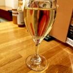 ポポラマーマ - ハウスワイン白 200円
