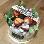 パティスリー レアール - 料理写真:チョコレート生デコレーション
