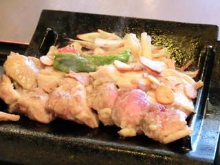 夙川 中屋 - 朝引きもも肉のステーキ 850円