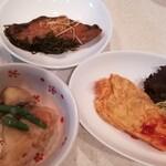 一膳めし 青木堂 - 自宅持ち帰りのオムレツ、肉じゃが、カレイ煮付け