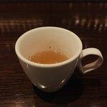 モモタ バー - 料理写真:コンソメスープ