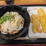 本場さぬきうどん 親父の製麺所 - 【2019/12】ぶっかけ+鶏天+いか天