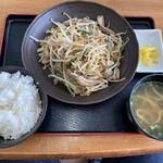 みはま食堂 - 2019年12月28日  中味炒め 780円(ライスは、食べてもらった)
