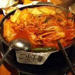 ソナム - 料理写真:カニチゲ。ほどよい辛さで食べやすい。