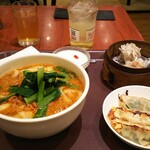 唐朝刀削麺 - セットのメニュー