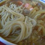 東家 - カレー天そばの麺とえび天