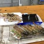 Michinoekimaidurukoutoretoresenta - 特大セコガニ             ツチエビ             岡田鮮魚店にて購入