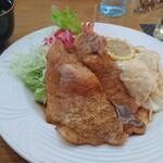 レストラン三國 - ライスに合うタレで美味しい。