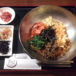 みなり - ビビン麺