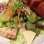 アルモニア - ランチについてくるサラダ 2012.3撮影