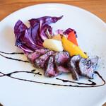 トラットリア クアトロ ラガッツィ - 牛ロースのソテー バルサミコソース