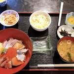 中央食堂ヤーや - 料理写真: