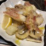 海鮮の國 波奈 - 頭とゲソは天ぷらで