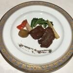 広東料理 台場 楼蘭 - 牛フィレ肉の黒胡椒炒め夏野菜添え
