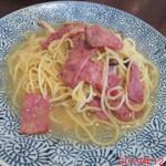 マルコ - 料理写真:ベーコンとしめじのペペロンチーノ 980円