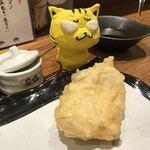 天ぷらとワイン 大塩 - かしわ天190円(税別)