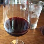 orq. - ランチセット¥1280(外税) のドリンクチョイスにグラスワイン♪ 香りのしっかりある美味しいワインでした。