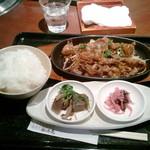 12270064 - 米沢牛カルビ御膳950円スープ+香の物+小鉢+ドリンク+ご飯おかわり自由です。