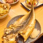 立呑み晩杯屋 - 真アジ大判焼き250円
