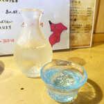 まさむね - 冷酒「甲子正宗」純米(1合¥660)。千葉県酒々井市の地酒、メロンを思わせる甘い芳香!