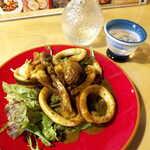 まさむね - 漁師のイカゴロ炒め(¥638)。味わいは実に濃厚、香りだけでも呑めそう!