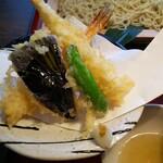 庵 - 天ぷら。