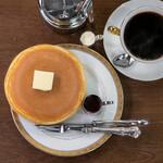 丸福珈琲店 - ホットケーキ、ブレンドコーヒー