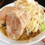 にらなんばんラーメン 香麺 - 豪麺(醤油)麺少なめ豚2枚  800円