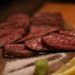 桜丘肉バル GOTTSU - 塊肉3種食べ比べ