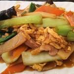 122764340 - 肉野菜玉子炒め定食850円