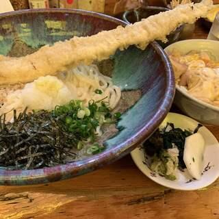 うどん屋麺之介 - 料理写真:
