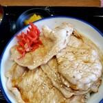 ぽっぽ亭 - 豚丼 680円