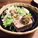 檸檬の実 - 豚肉のパテと鯖のサラダ