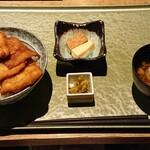 新潟 食楽園 - お正月メニューのたれかつ丼、1,330円。