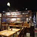 新潟 食楽園 - 玄関横のカウンター。