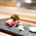 肉屋 雪月花 NAGOYA - 松坂牛ランプの昆布締め クエの昆布締め ベルーガのキャビア