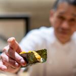 肉屋 雪月花 NAGOYA - 手巻き 松坂牛のもものたたき、 北海道根室の雲丹