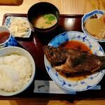 旬菜・旬魚 なかむら - 料理写真:黒めばる煮付け定食、小鉢におでんを選択