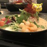 東南アジア食堂 マラッカ - スープカレー海老990円(税込) ※真横バージョン
