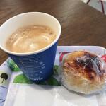 Café BLANC - ウニみそ焼きおにぎりとコーヒー