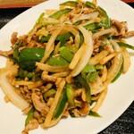 北京料理 方庄 - 料理写真:豚肉とピーマンの細切り炒め定食